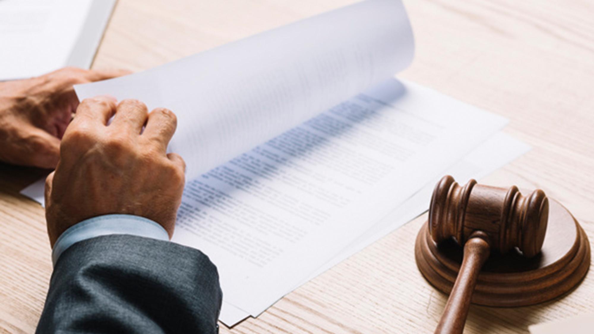 תביעה: העוברים לא דוללו – התאומים משותקים